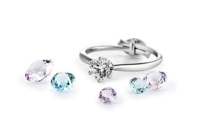 ダイヤモンドシライシのルース成約特典